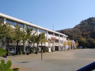 長柄小学校